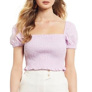 ASTR the LABEL MASON PUFF SLEEVE SMOCKED CROP TOP